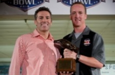 Peyton and Kurt Warner, 2010 PeyBack Bowl, photo courtesy of Kiera Dubach